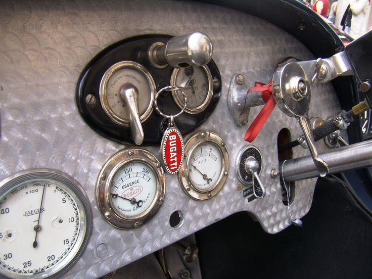 Bugatti Type 37 dashboard interior gauges interface mechanic silver chrome metal