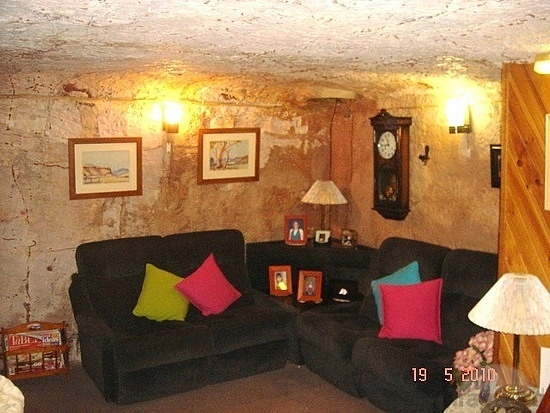 coober pedy underground house