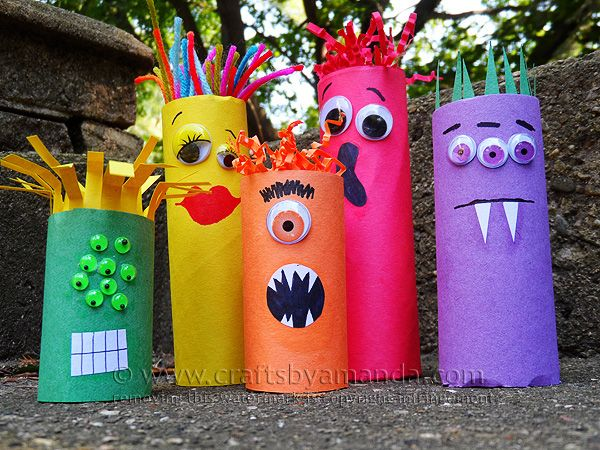 Cardboard Tube Craft: Make a Colorful Ghoul Family! These are ADORABLE and perfect for Halloween! But monsters are great any time of year, so this works year round! From Amanda Formaro of Crafts by Amanda