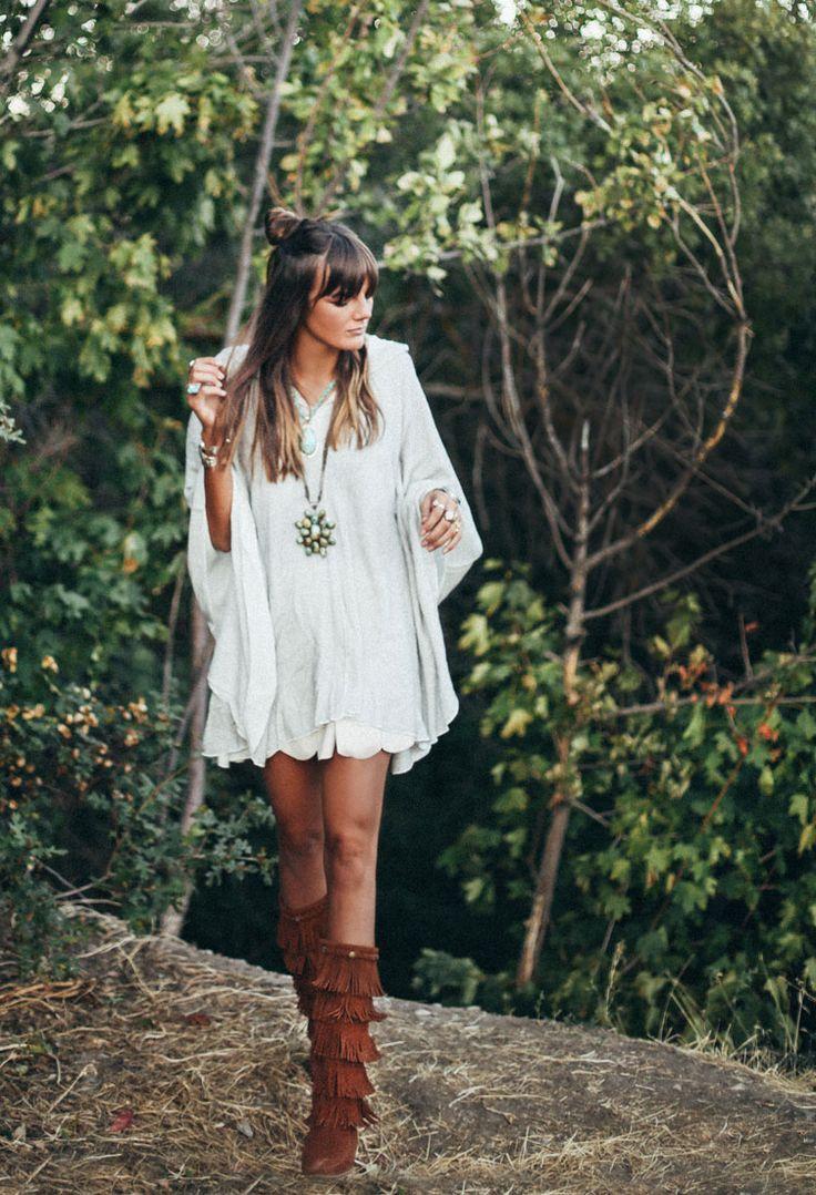 25 Ways to Wear Fringe featuring Tessa   Minnetonka Moccasin