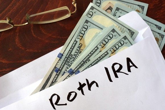 10 Facts About Roth IRAs Every Baby Boomer Should Know -- The Motley Fool