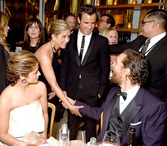 Golden Globes 2015 Afterparties Jennifer Aniston looked thrilled to bump into True Detective star Matthew McConaughey at HBO's afterparty