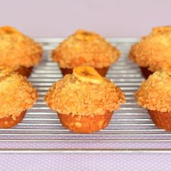 Delicious Banana muffins topped with a scrumptious crunchy cinnamon sugar topping.