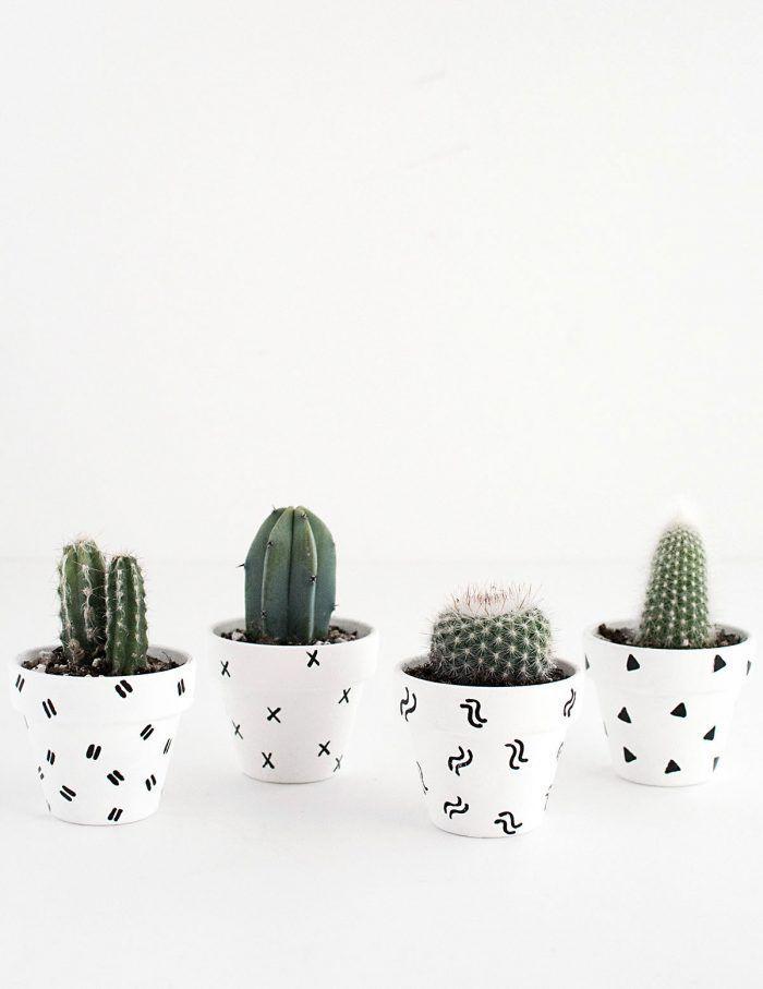 DIY- Mini Patterned Plant Pots-2 polka dot planters cactus