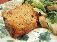 A great, old-fashioned salmon loaf recipe. This basic salmon loaf is delicious with tartar sauce, or make a mushroom sauce to drizzle over the loaf.
