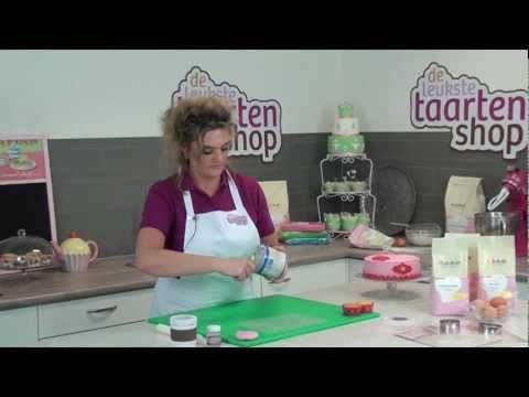 ▶ Taart decoraties maken met een structuur mat - YouTube