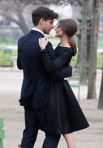 Very nice. It's that scene you carry around in your head of what others see when he holds you.Engagement Pictures, Photos Ideas, Engagement Photos, Romances, Dresses, Black White, Engagement Pics, Olivia Palermo, Dance