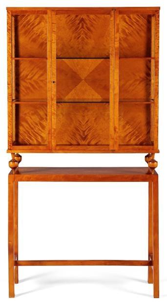 WOWOWOW!     JOSEF FRANK (1885-1967)    Cabinet Acajou Vers 1940 H_180 cm L_92 cm P_31 cm