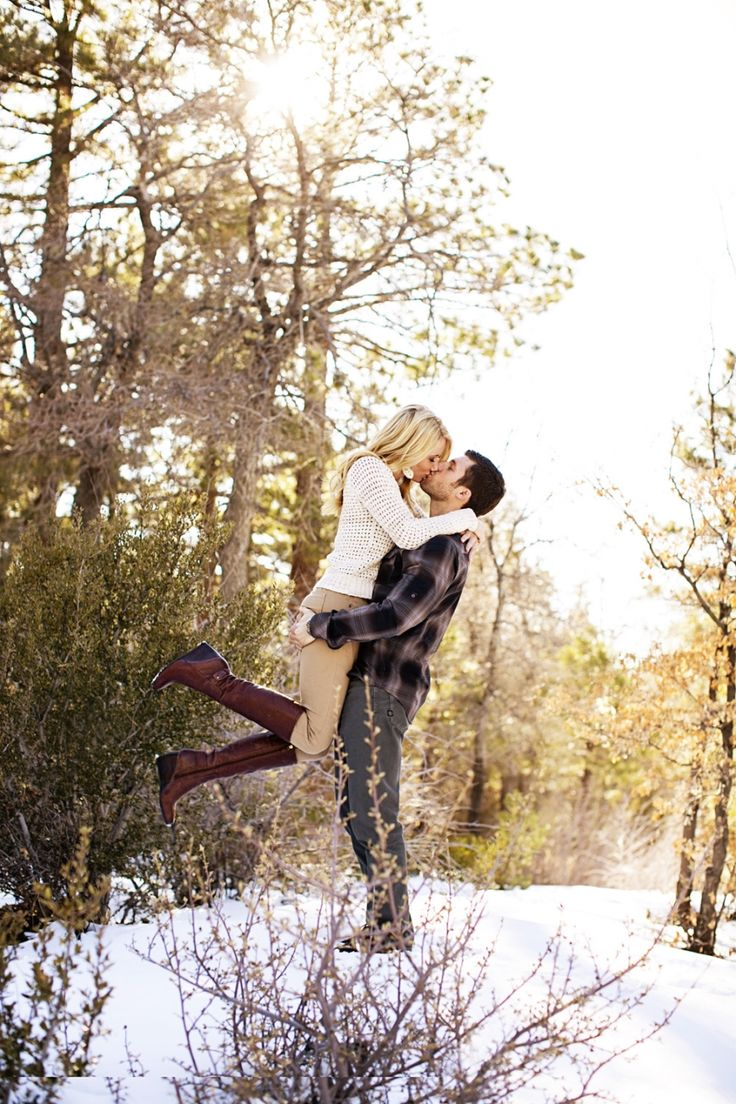 So much love between them! Winter engagement session! -- This is the cutest thing ever, I want a cute picture like this one day!
