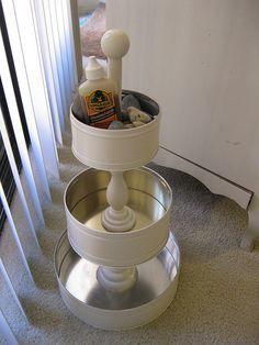Keksdosen und Kerzenständer. Cooole Idee, muß ich unbedingt machen.