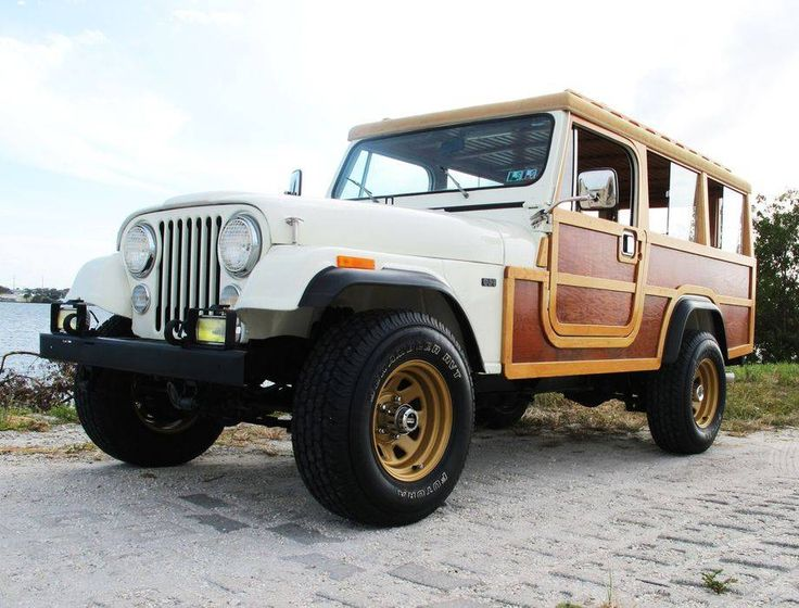 1982 Jeep Scrambler at auction #1887722 | Hemmings Motor News