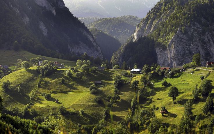 Things not to miss in Romania   Photo Gallery   Rough Guides. The Carpathians
