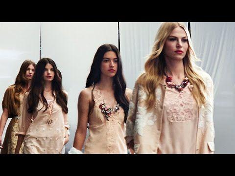 TWIN-SET Simona Barbieri Spring-Summer 2016 Collection Fashion show - YouTube