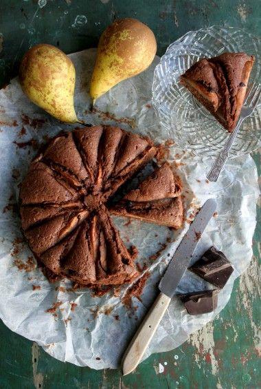 chocoladecake met peer copyright greendelicious link werkt niet meer de site is gewijzigd naar www.greendeliciou...