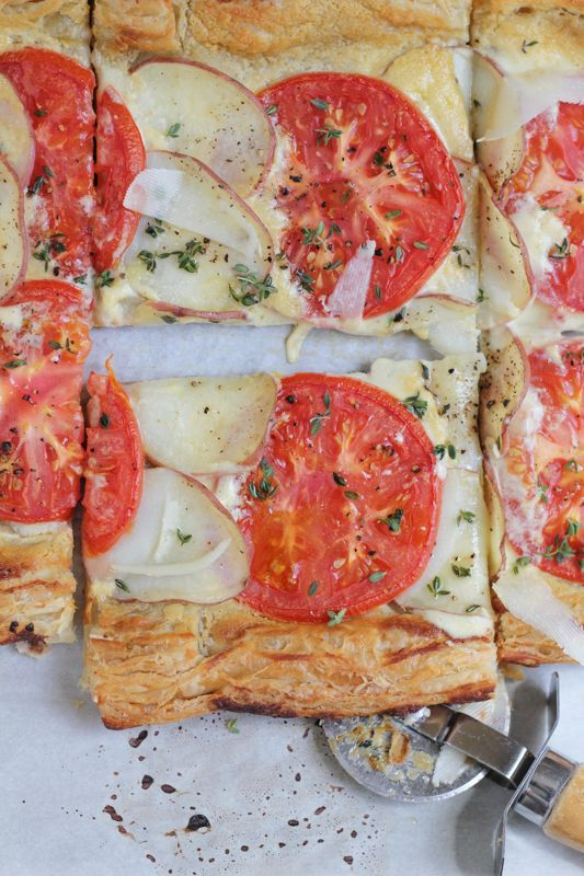 Light and Flaky Potato and Tomato Tart! Savory food at its finest and so EASY to make! #Easter #brunch #savorytart