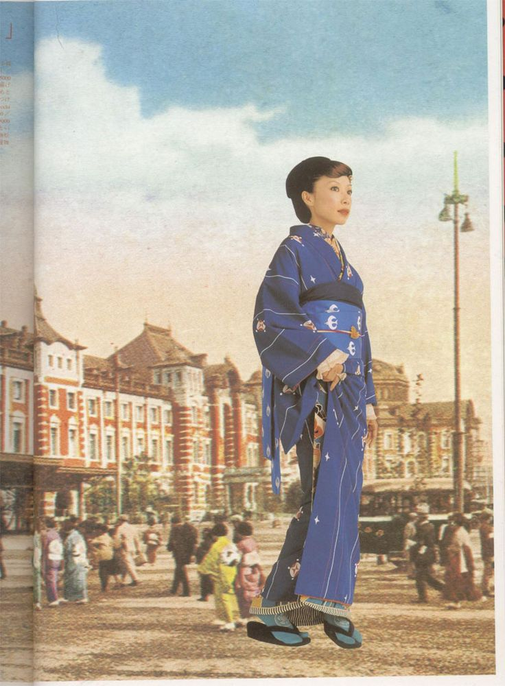 These retro-inspired kimono are a throwback to the large bold prints popular during the Taisho era from 1912-1925