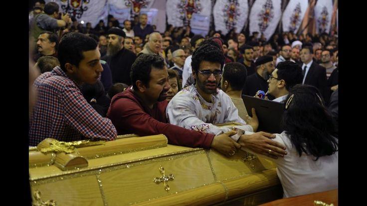 Mehr als 40 christliche Gottesdienstbesucher wurden am Palmsonntag in Ägypten bei islamistischen Terroranschlägen auf zwei Kirchen getötet. Die Massaker wurden in den Nachrichten zwar erwähnt, doch die Berichterstattung war im Vergleich zu anderen Anschlägen kurz, oberflächlich und wurde rasch von anderen Meldungen verdrängt. Eine Analyse von Stefan Frank.   #Ägypten #Alexandria #Anschlag #Audiatur-Online #Bagdad #Berichterstattung #Berlin #Brüssel #Charlie Hebdo #