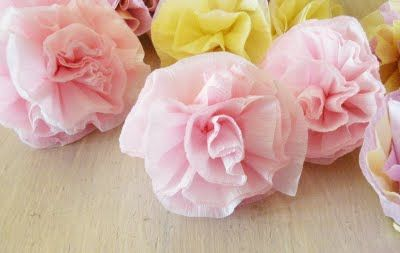 crepe paper flowers- super easy