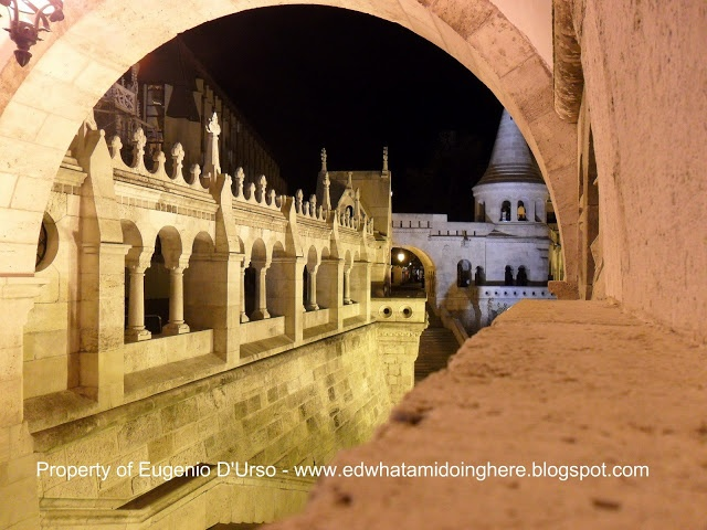 EXPLORING BUDAPEST IN A COLD WINTER NIGHT WITH ANNE J LO PHOTOGRAPHER FROM CHICAGO - 7 SIGHTS OF BUDAPEST