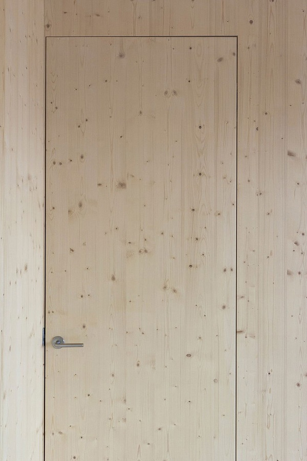 Flush, trimless door.  Onjuku Surf Shack, Chiba Pacific Coast, Japan, by BAKOKO