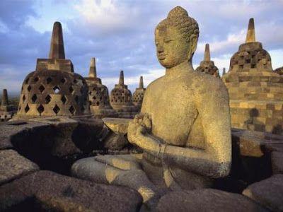 Borobudur donde el Nirvana esta grabado en piedra