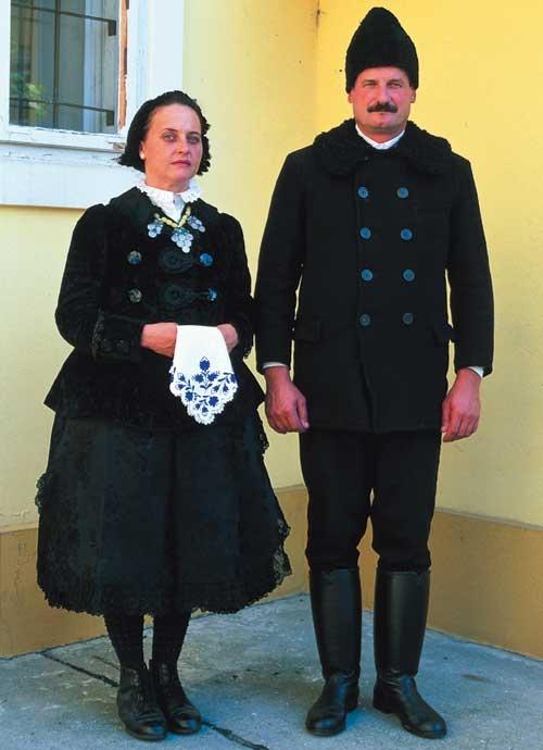 Wealthy family from Kalocsa, Hungary  (XX. century)