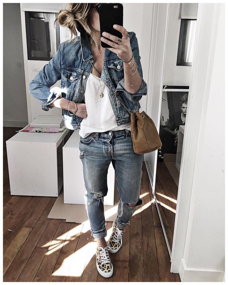 "7,992 Likes, 85 Comments - Audrey Lombard (@audreylombard) on Instagram: ""Tenue vélo du jour  • Necklace #adelineaffre (from @adelineaffre) • Denim Jacket #levis (old) •…"""