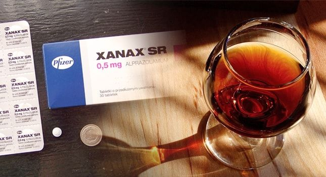 What Happens When You Combine Xanax With Alcohol? - http://www.shoponlinenow.us/blog/anxiety/happens-combine-xanax-alcohol/
