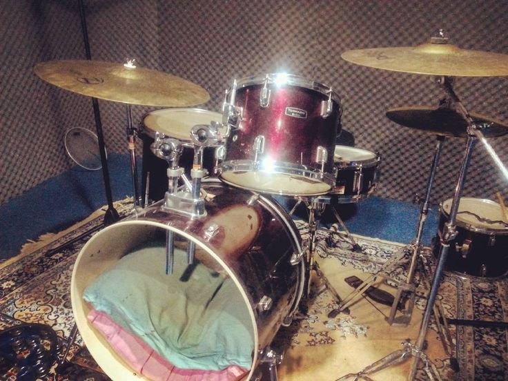 Back in the studios. :) #mapex#tornado#zildjian#paiste#drums#drumporn#cymbals#cymbaladdict#lovemyjob by abhisaar_24