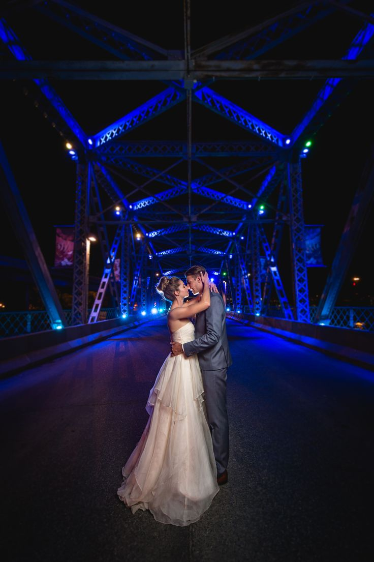 A perfect end to a perfect day - Katie & Pat | Langevin Bridge, Calgary