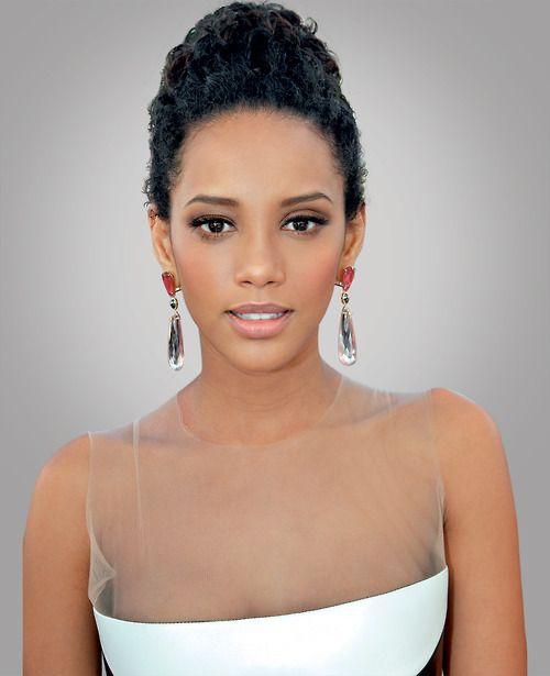 Taís Araújo, brazilian actress wears the perfect combo well.
