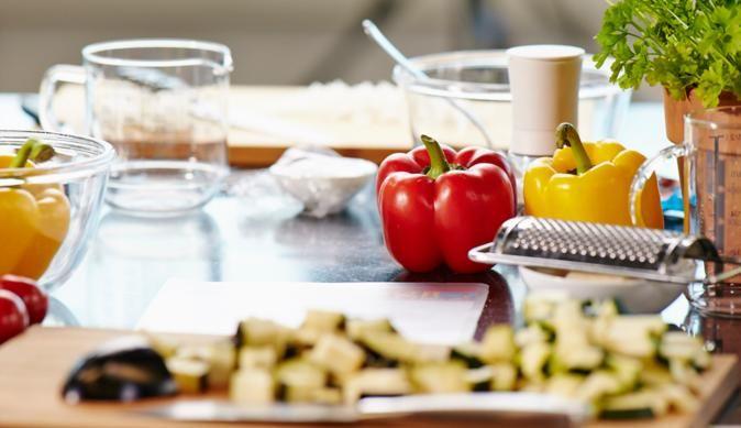 Käse-Frikadellen mit Pfeffer-Rahm-Sauce vom MAGGI KOCHSTUDIO | maggi.de