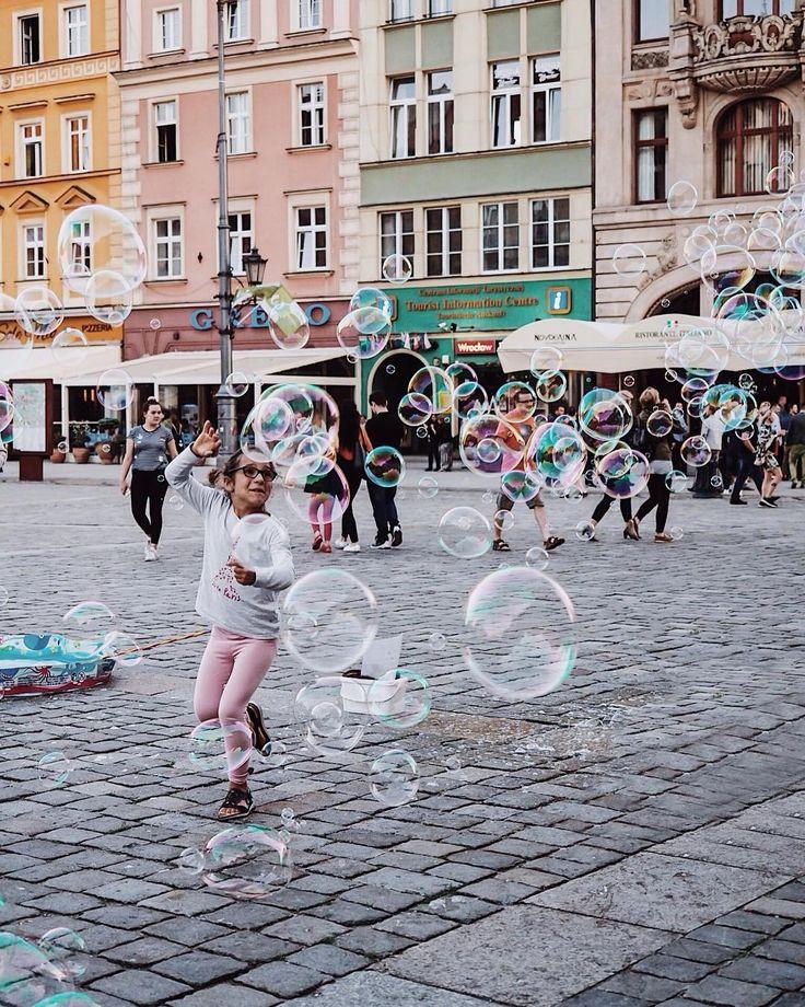 Good Morning Wrocław   .  ________________________________  #szczyptasmaq#Hello Wrocław ☕️ Relax time  .  .  _____________________________________  #szczyptasmaq#wroclaw#wrocław#poland#relaxing#tasteintravel#travel#travelling#polska#polskajestpiekna#goodvibes#goodtimes#darlingweekend#darlingmoment#mysimplelife#livethelittlethings#omdolympus#omd#happiness#happy#happyday#happychildren#oldtown @wroclaw_official