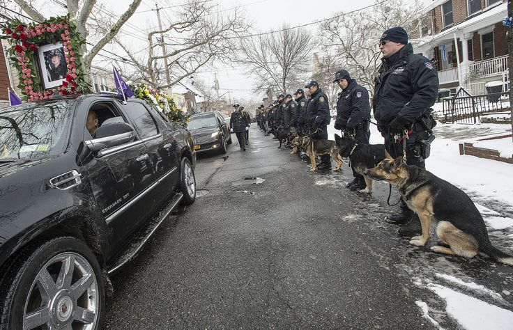 | Officer Thomas Choi Funeral Procession | Officers gathered at the King Fook Funeral Home on Fort Hamilton Parkway in Brooklyn to mourn the passing of MTA Bridges and Tunnels Officer Thomas Choi. Photo: Metropolitan Transportation Authority / Patrick Cashin.