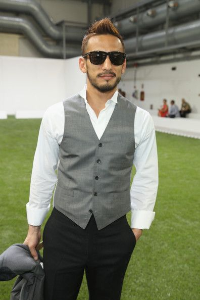 Hidetoshi Nakata Photos - Hidetoshi Nakata attend the Moncler Gamme Bleu show as part of Milan Fashion Week S/S 2014 on June 23, 2013 in Milan, Italy. - Moncler Gamme Blue - Front Row - MFW S/S 2014