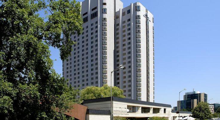 HOTEL|ブルガリア・ソフィアのホテル>美しい市街と山の景色を楽しめます>ケンピンスキー ホテル マリネラ ソフィア(Kempinski Hotel Marinela Sofia)