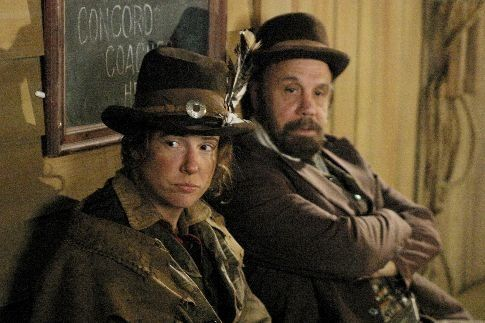 Still of Dayton Callie and Robin Weigert in Deadwood