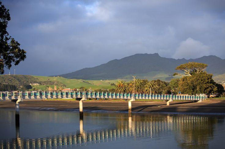 Kopua footbridge - Raglan NZ