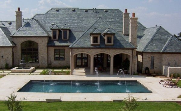 dream dream dream home minus the fountain things on the pool