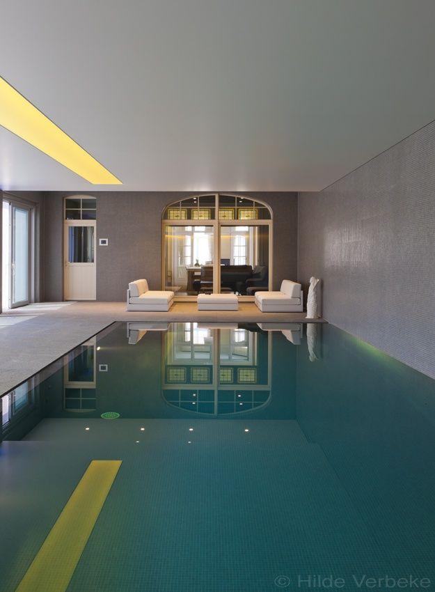 Top 25 ideas about binnenzwembaden on pinterest mosaics for Binnen zwembaden