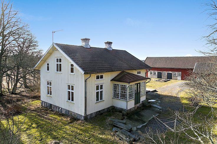 Tengene Karl Andersgården 12, Grästorp Built 1912