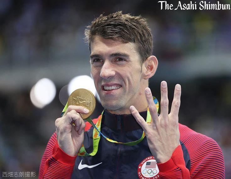 萩野選手が銀メダルの #競泳 男子200メートル個人メドレーで優勝したのは #マイケル・フェルプス 選手。今大会4個目の金メダルです。まさに「水の王者」!凄すぎます。#Rio2016 #USA #Olympics #リオ五輪