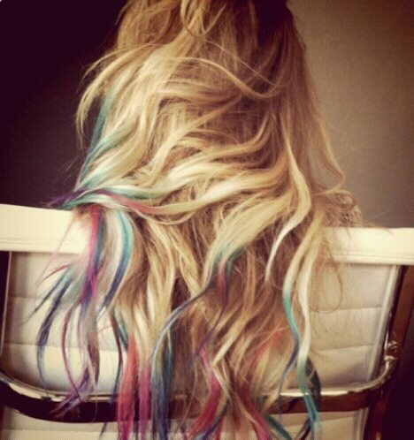 (:: Rainbows Hair, Colored Tips, Dye Hair, Dips Dyed, Dips Dyes, Hairchalk, Dyes Hair, Hair Chalk, Lauren Conrad