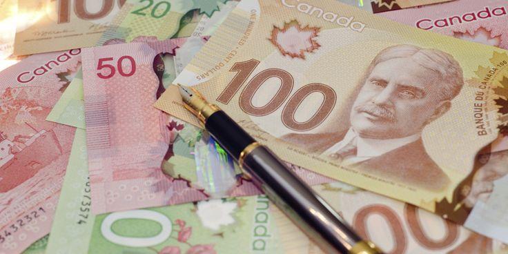 L'argent canadien a perdu énormément de sa valeur depuis quelques semaines. Puisque le CAD est directement lié à la valeur du pétrole et que le prix du baril est en chute libre depuis la fin 2014, voyager coût...