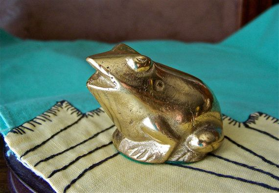 Brass Frog by cynthiasattic on Etsy, $22.00: Clutter Spaces, Brass Frogs