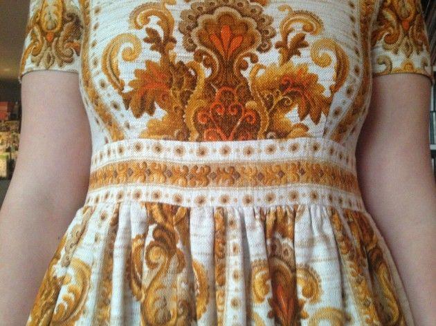 Håndarbeiden » Gamle gardiner ble kjoler - omsøm - søm - sying - craft - DIY - Fretex - gjenbruk - kjole -