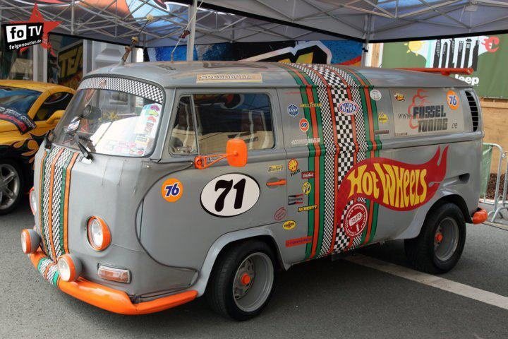 Toys 4 Trucks Green Bay : Vw bus hot wheels the need i say more