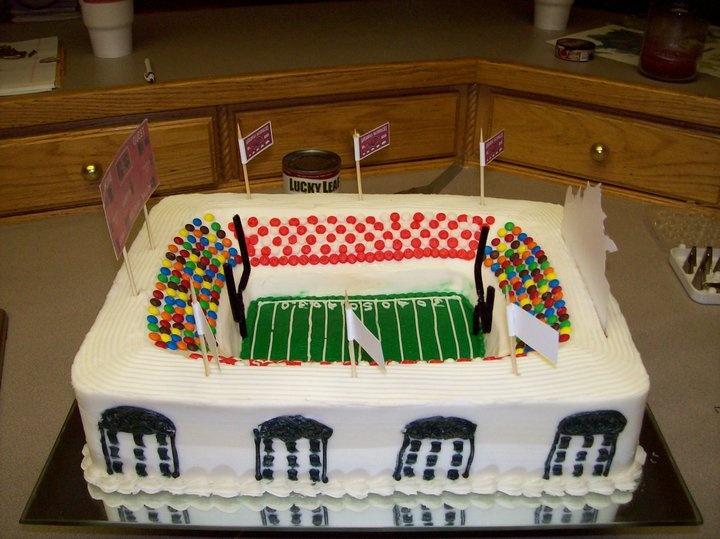 Arkansas Razorback Cake