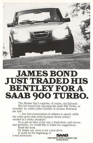 Bond traded his Bentley for a SAAB 900 Turbo