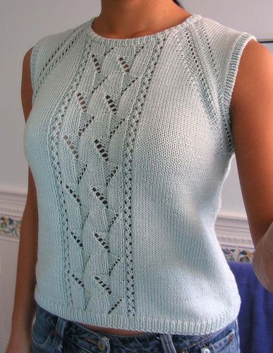 Pull Sans Manches free knitting pattern for sleeveless lace top by Bergère de France | More tees, tops, and tanks knitting patterns at http://intheloopknitting.com/tops-tanks-tees-free-knitting-patterns/